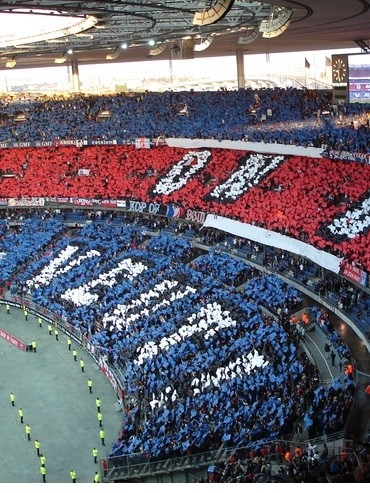 PARIS SAINT-GERMAIN - NIMES